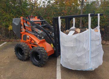 Log bulk bag lifter